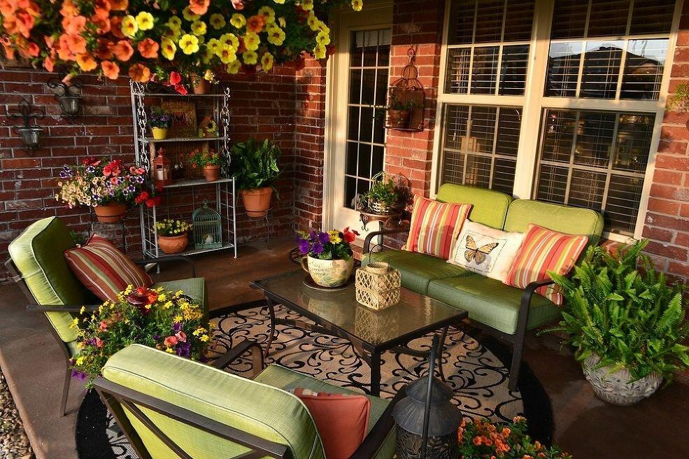 вторым уютный двор на даче фото вход