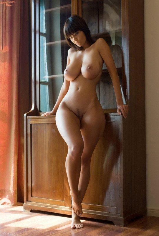 Самые лучшие фигуры голых девушек