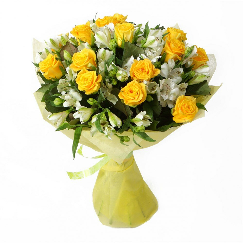 Маленький букет из желтых роз, цветов весенний купить