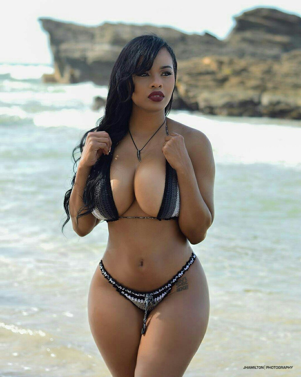 Hot girls with nice curves, old asian nudes