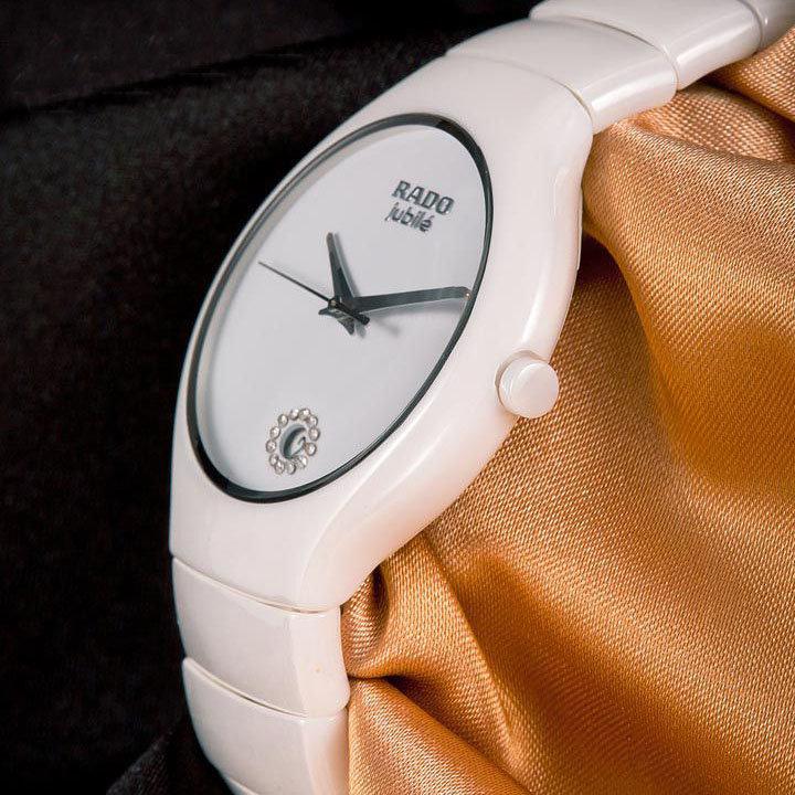Вот потому часы rado jubile мужские стали не просто популярным аксессуаром, но и любимым и почитаемым.