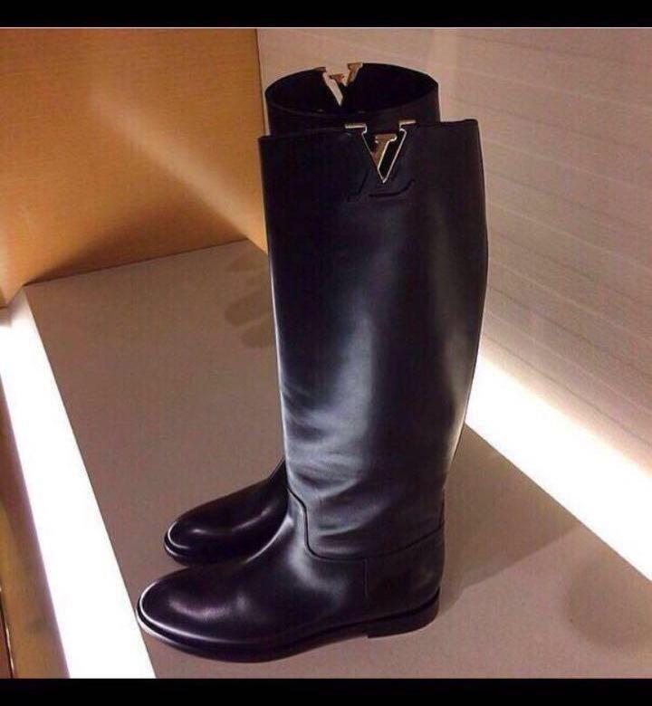 4ad1558eeadd Сапоги зимние Louis Vuitton женские. Купить сапоги  Луи Виттон на Купить со  скидкой -