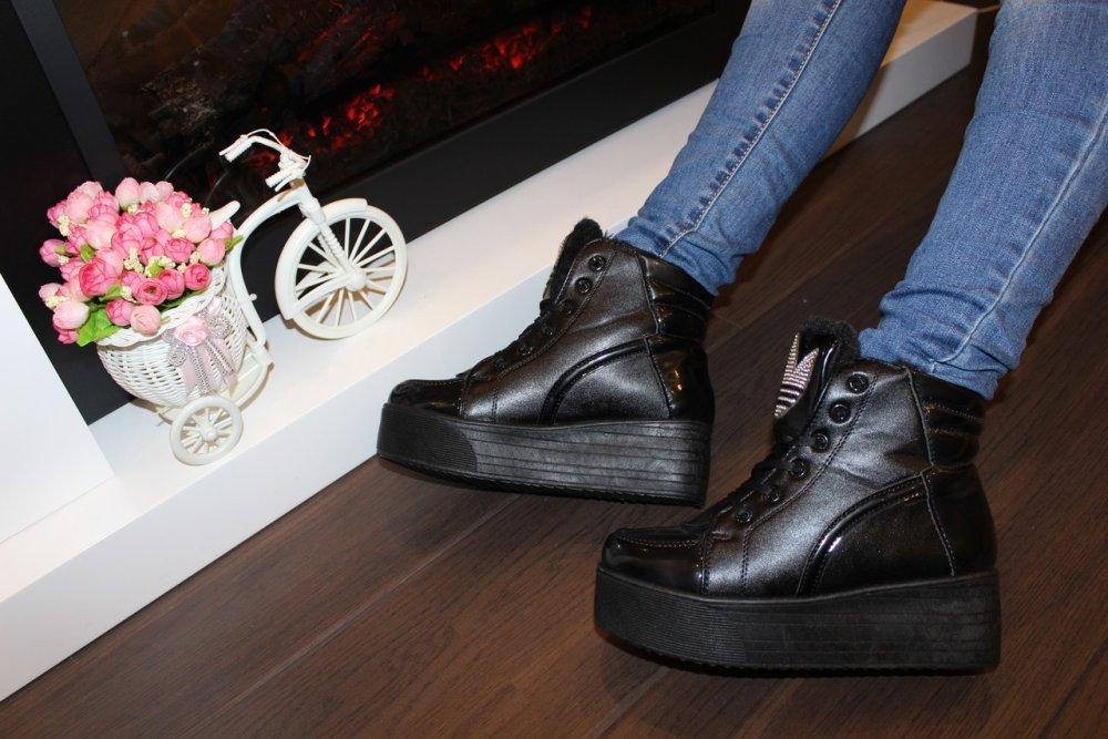 Ботинки зимние Gucci женские. Купить женскую обувь от 99 руб в интернет- магазине ! 1fbd8a91aad