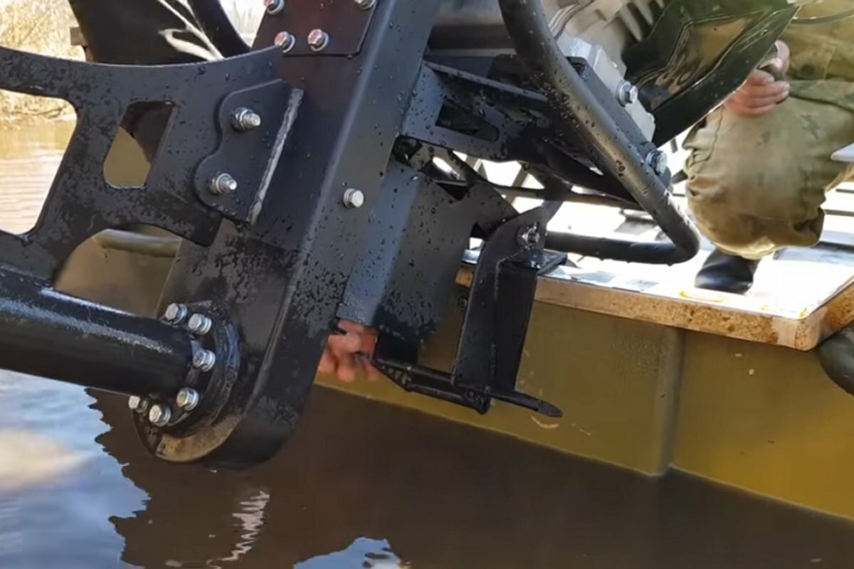 Нога под лодочный мотор