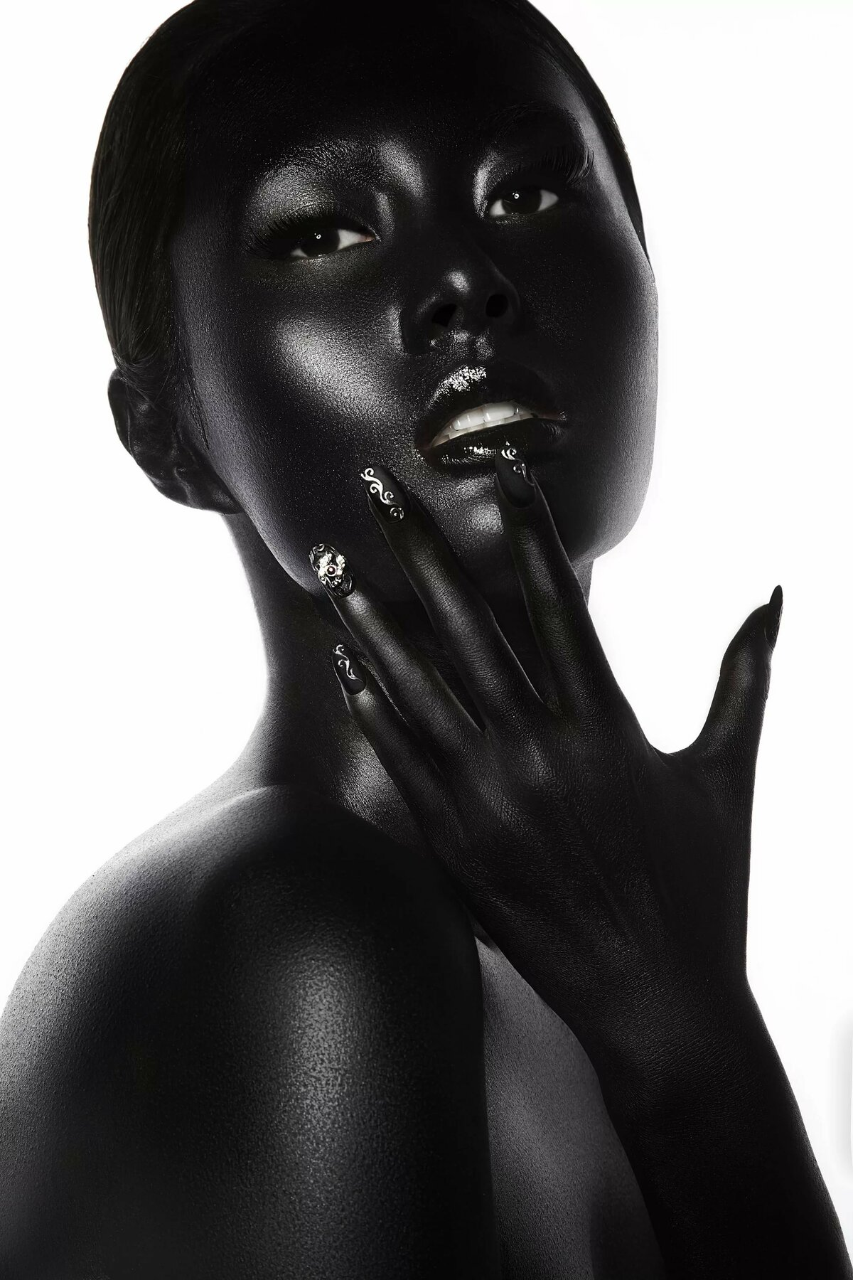black-beauty-galleries