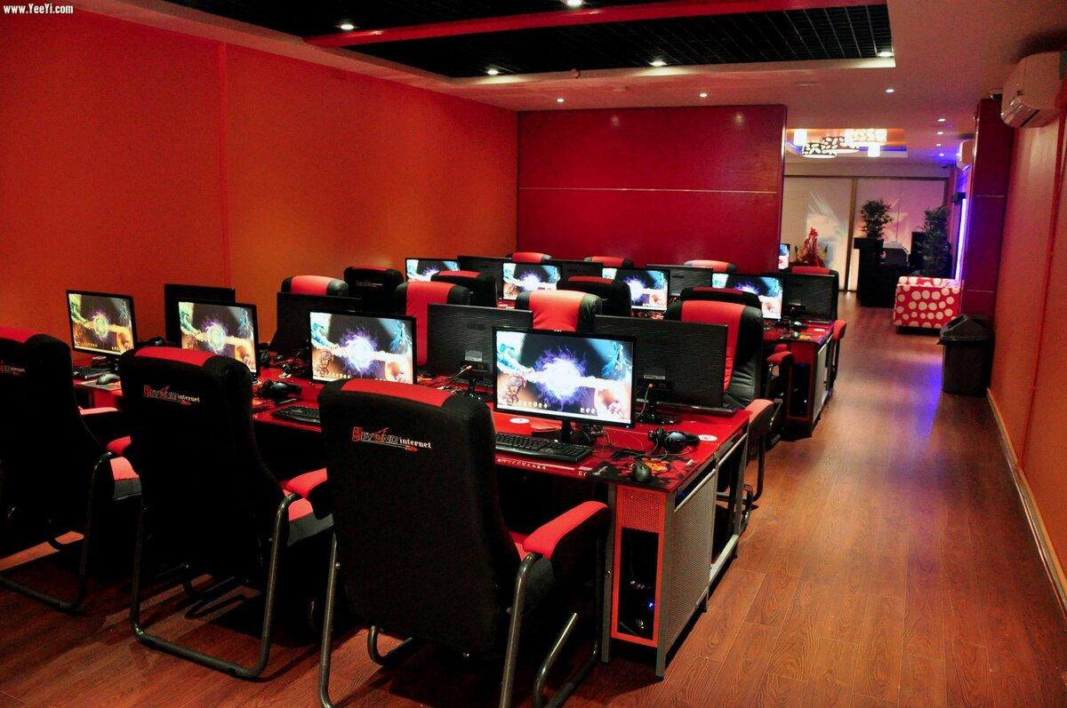 Интернет-кафе в картинках
