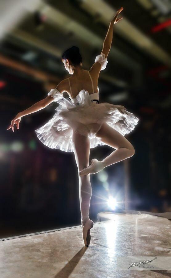 Попка балерины фото, профессионально побрить лобок видео