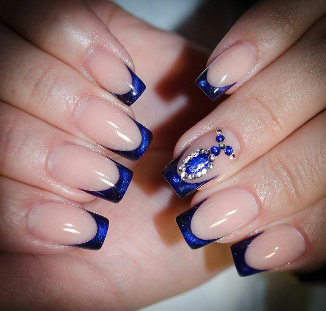 наращивание ногтей в синем цвете фото дизайн далекие