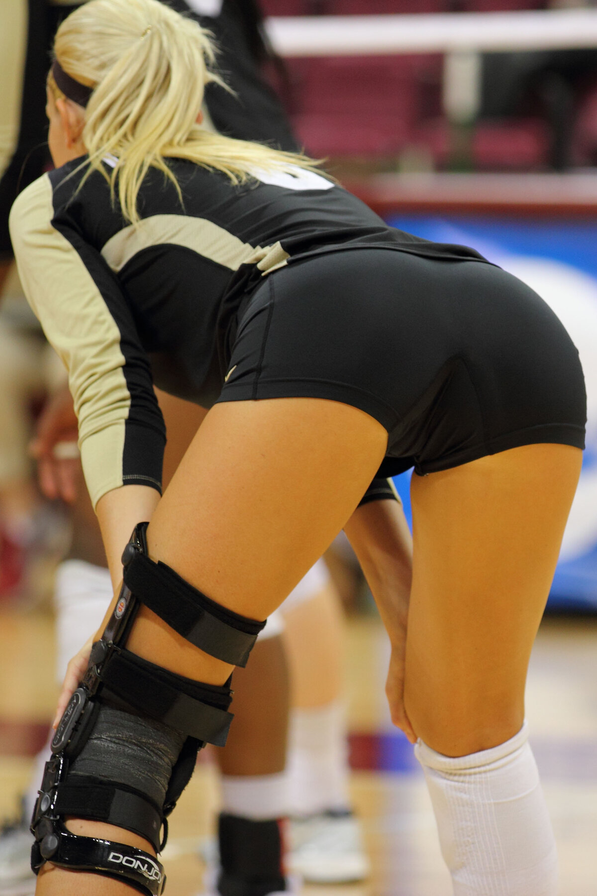 Volleyball see through, lesbains masturbating porn
