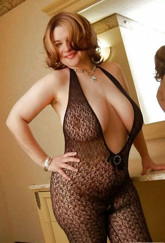 mature-big-titties-curvy