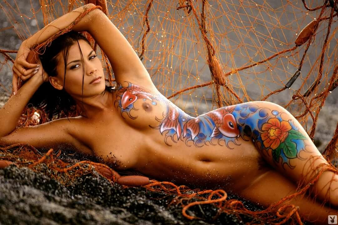 Topless girls body art, video how to beat your wife