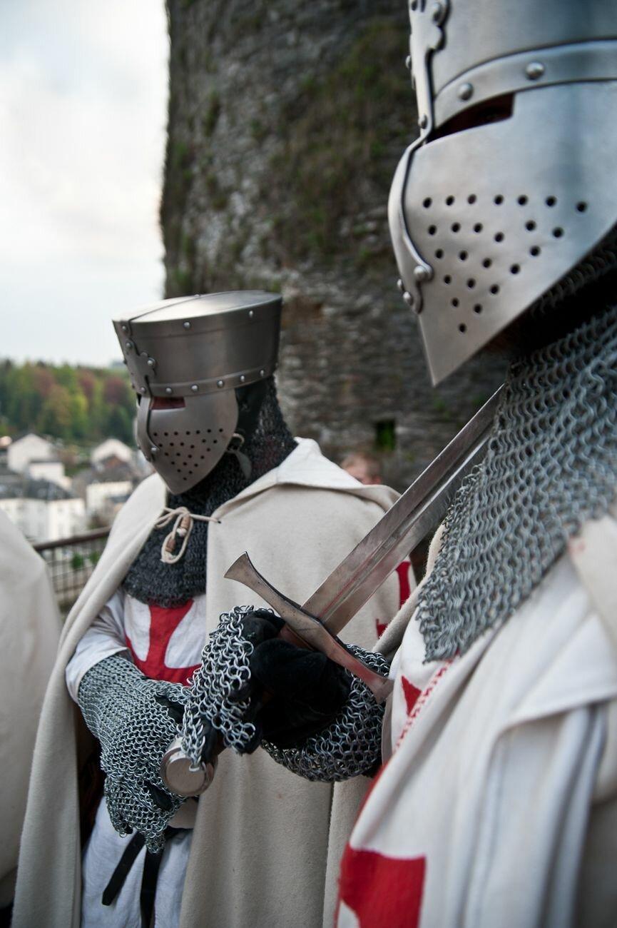 фотографии рыцарей крестоносцев заработная