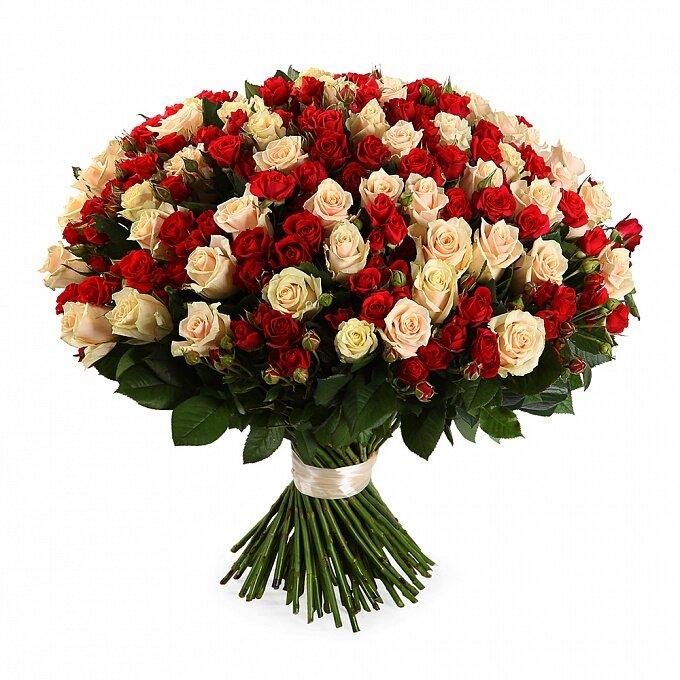 Букет из кустовых цветов