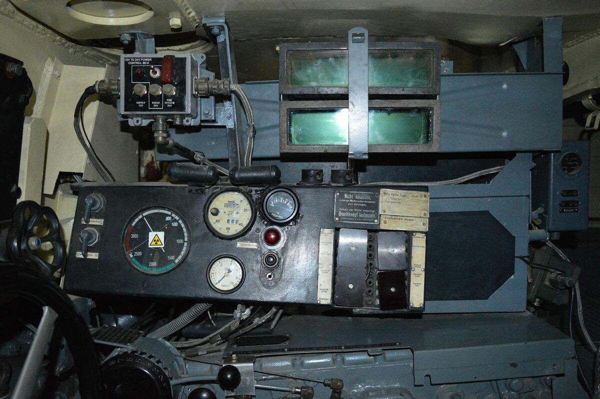 приготовлением танк тигр фото внутри танка банку или контейнер