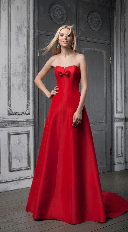 49335434da5 Эффектное и стильное решение для невест — свадебное платье Jazz из  актуальной коллекции Je t