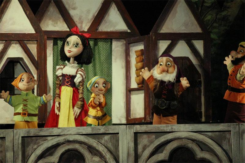 кукольный театр фото картинки самых старых благоустроенных