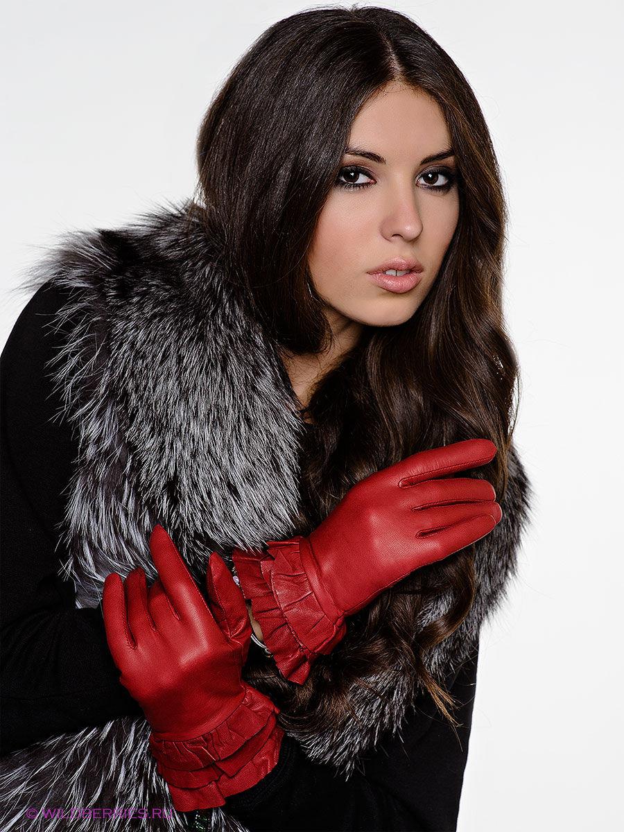 Фотки девушки в кожаных перчатках, послушный пиздолиз видео онлайн