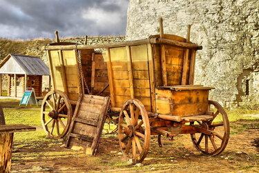 первые повозки на колесах