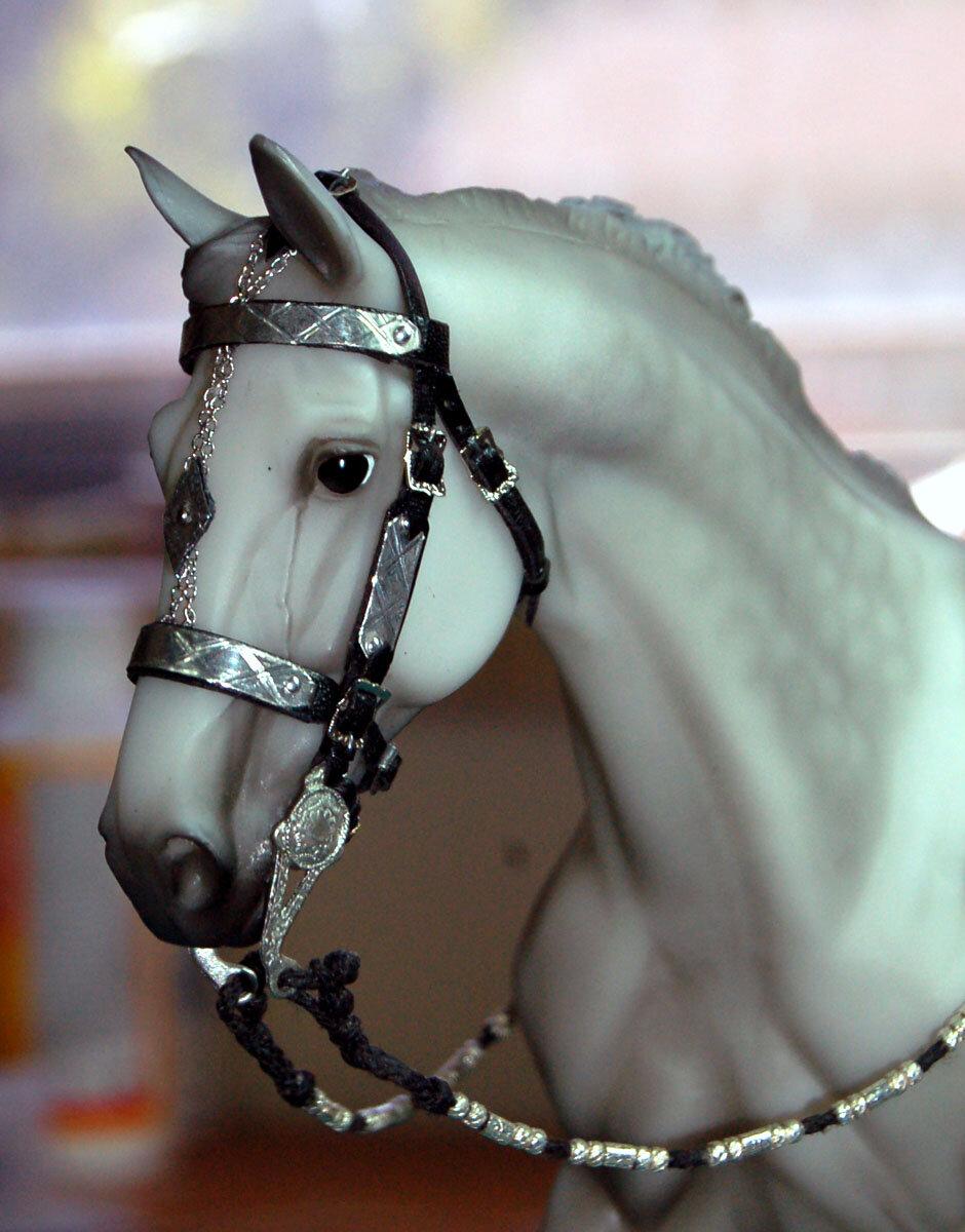 картинки нарядные лошади гранит