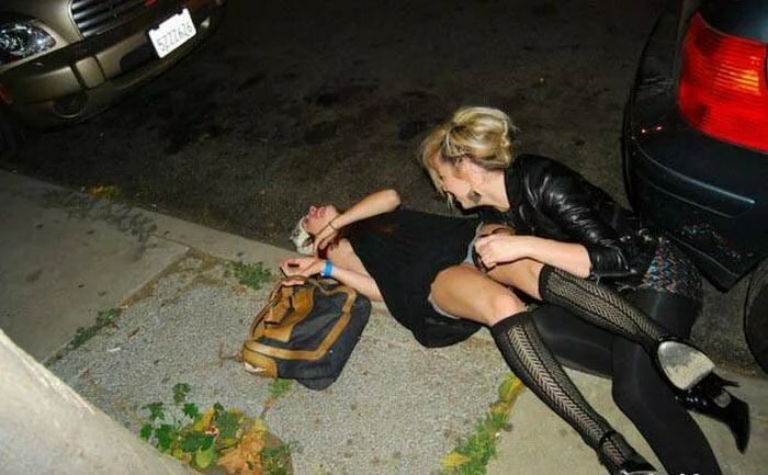 Пьяные в хлам бабы онлайн