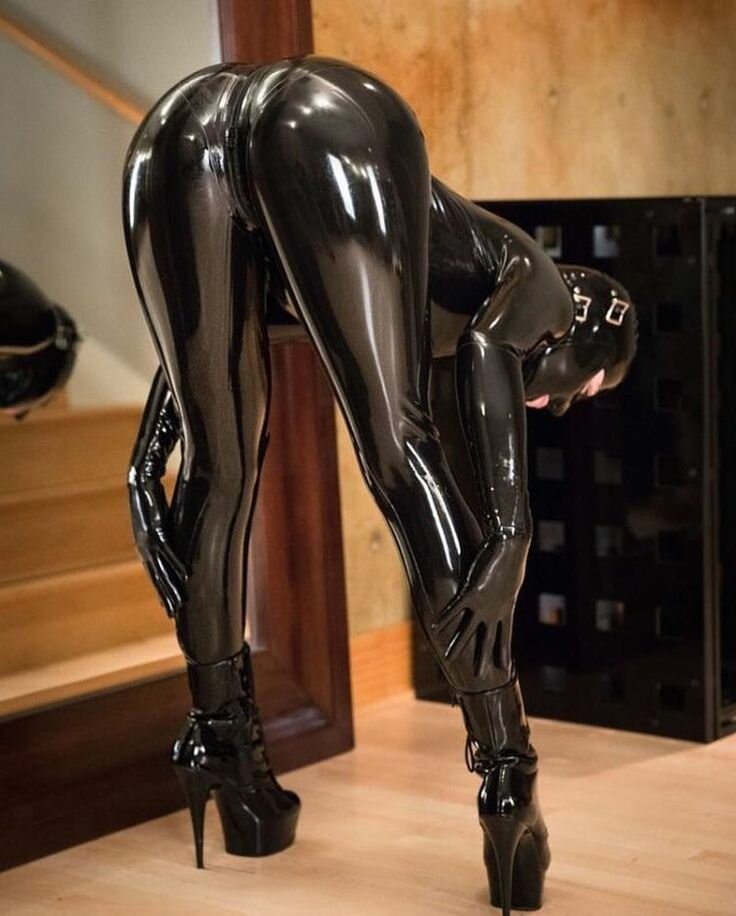 Leather Latex Leggings Rubber And More Xhams Brazzers 1