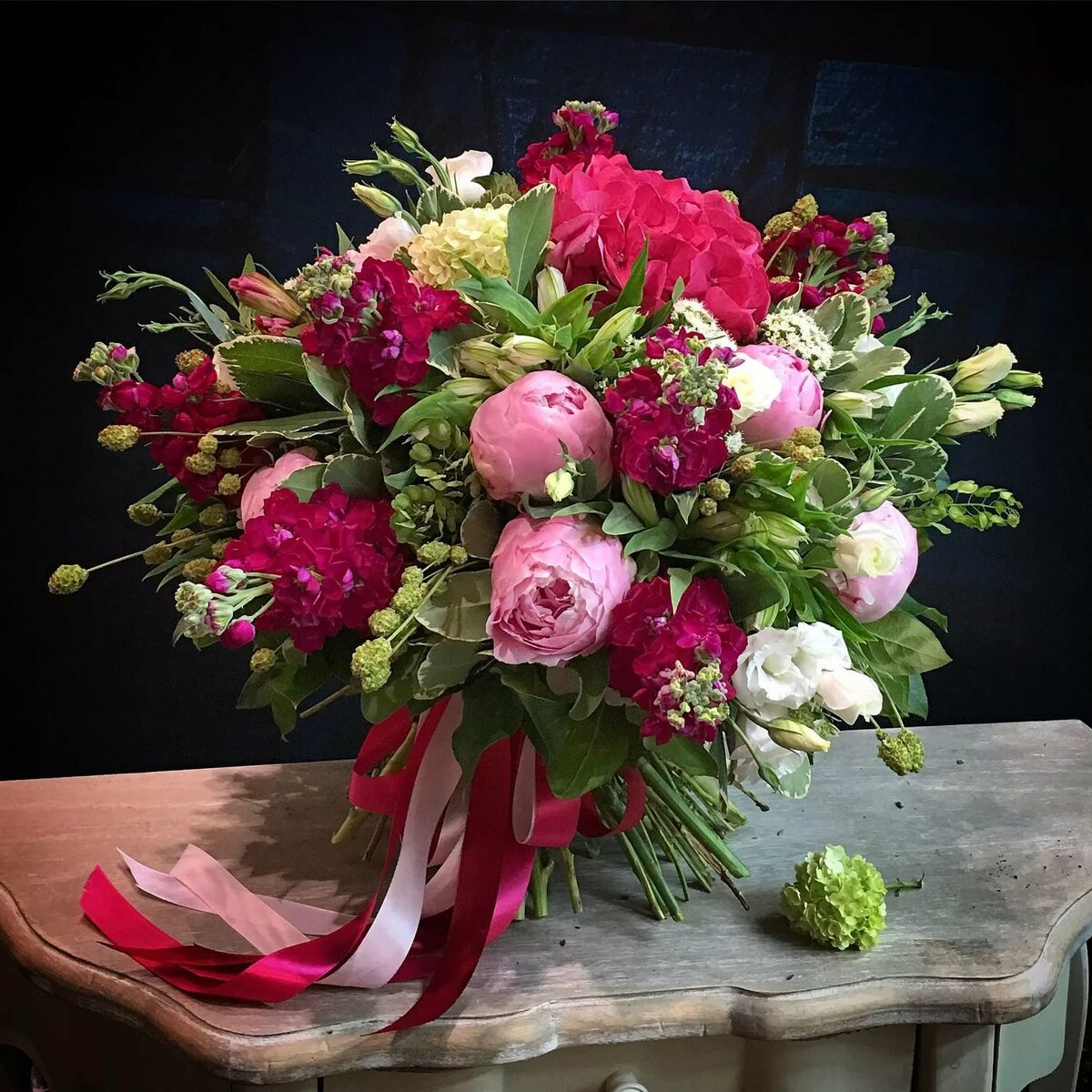 Неожиданно приятный букет цветов, цветов балахну