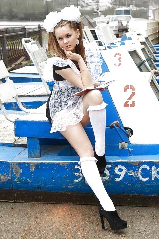 Ukrainian schoolgirl — pic 2