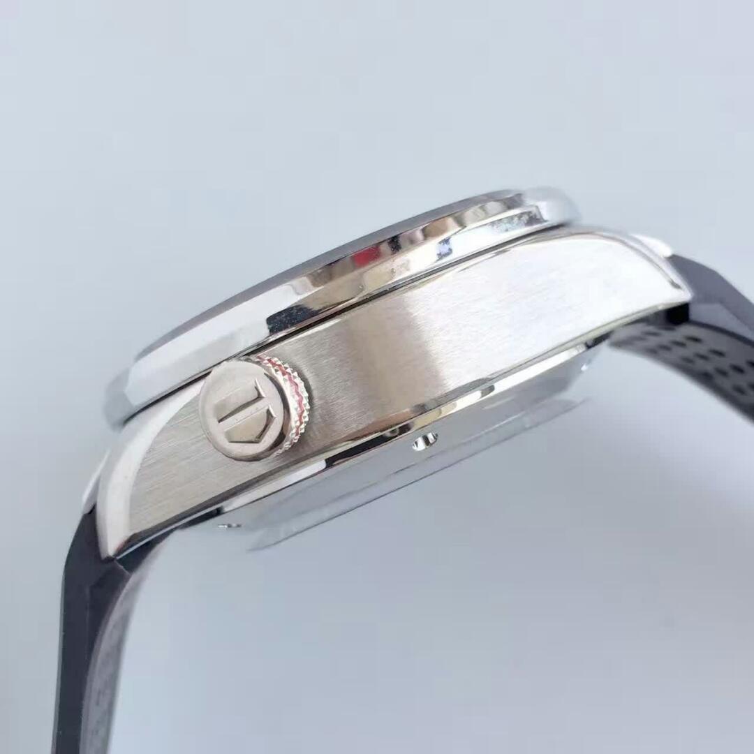 Ремешок для часов tag heuer carrera № th модель: tag heuer carrera calibre артикул: tag heuer № th материал: каучук.