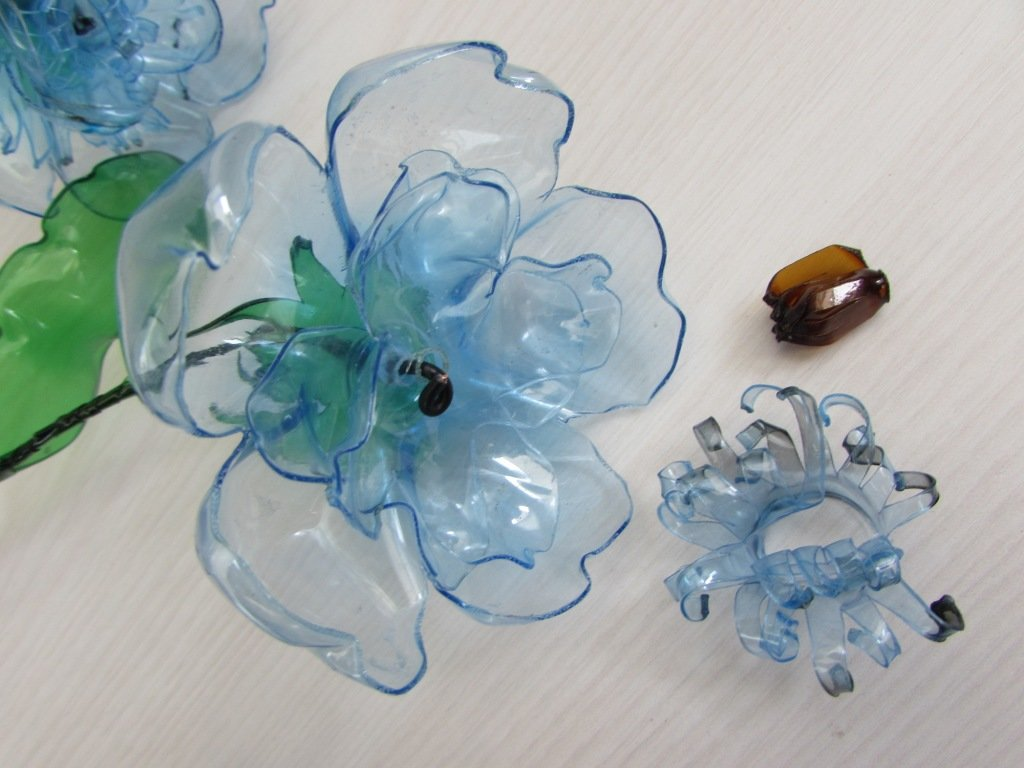 Открытка из пластиковой бутылки