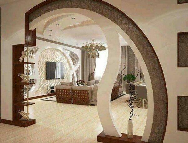 вот арка между залом и прихожей фото для