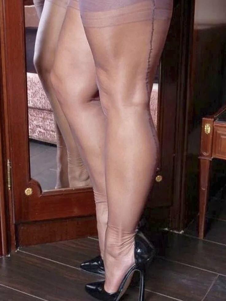 красивые коленки у моей тети-видео фото - 14