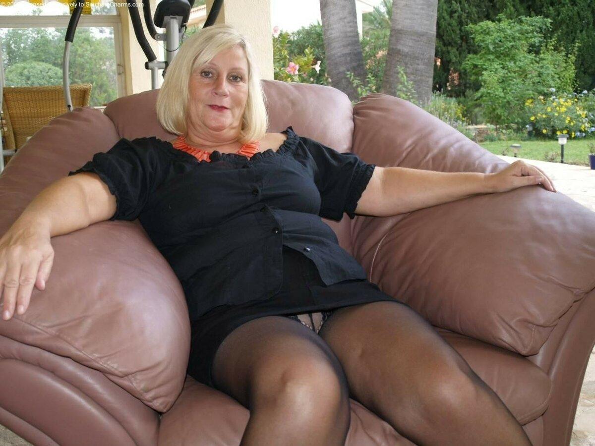 Фото голых старых анала женщин, порно видео боксерши
