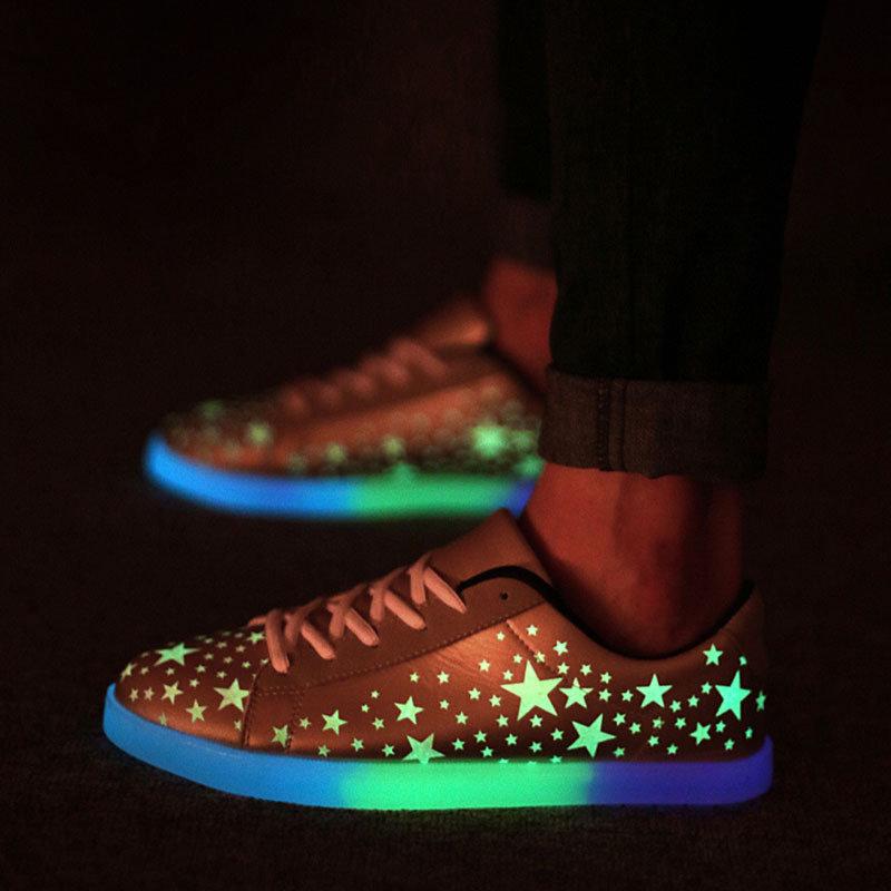 Картинки светящихся кроссовок