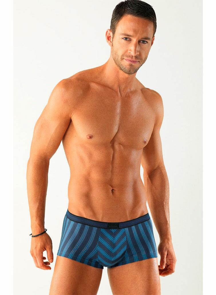 красивые мужчины спортивного телосложения фильм