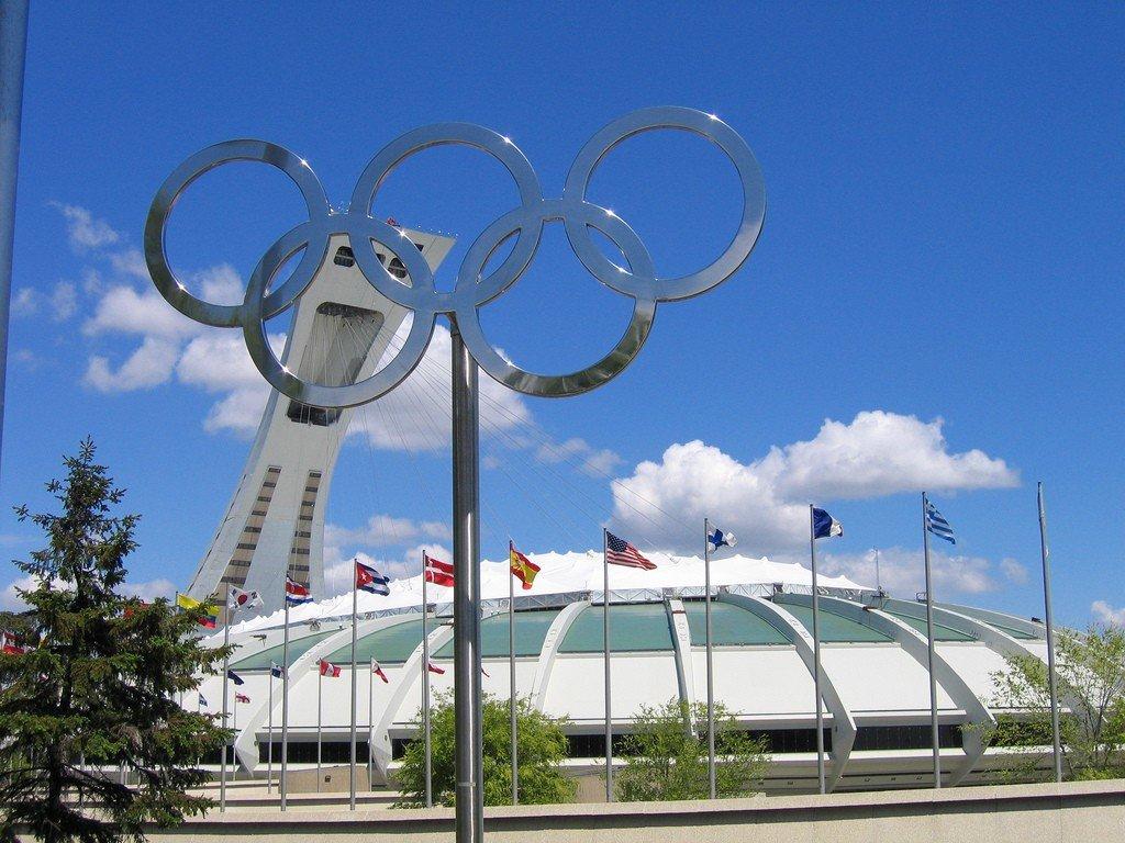 олимпийский стадион в монреале фото
