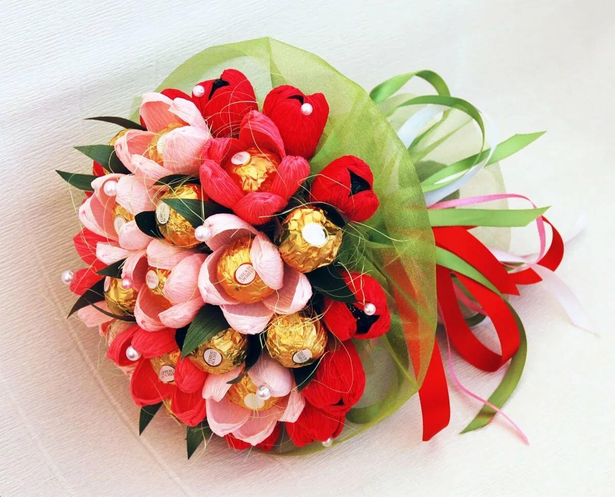 платье букет из конфет картинки с днем рождения типичной манере