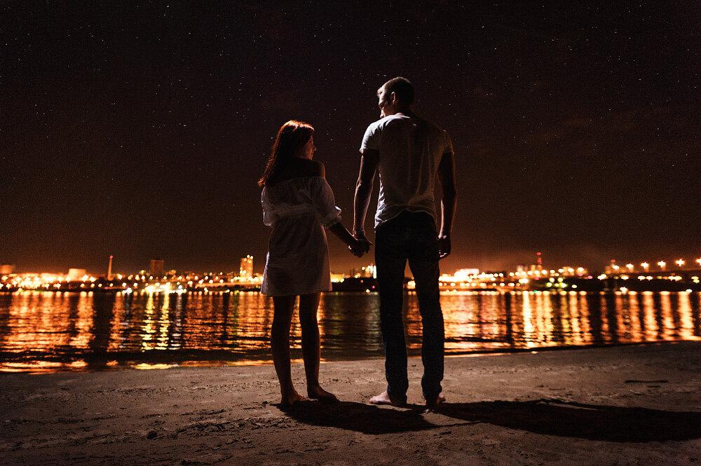 Картинки пара влюбленных ночью