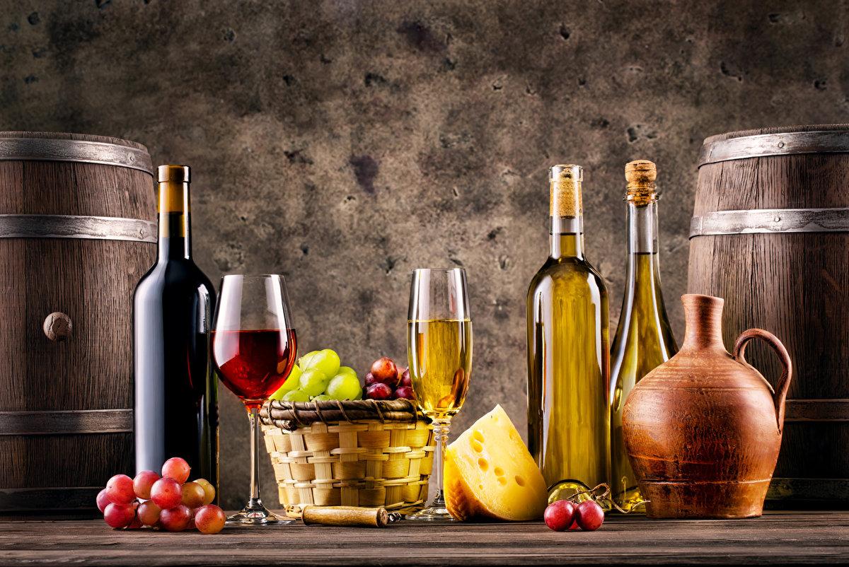Открытка вино и сыр, отправляется открытка сайта