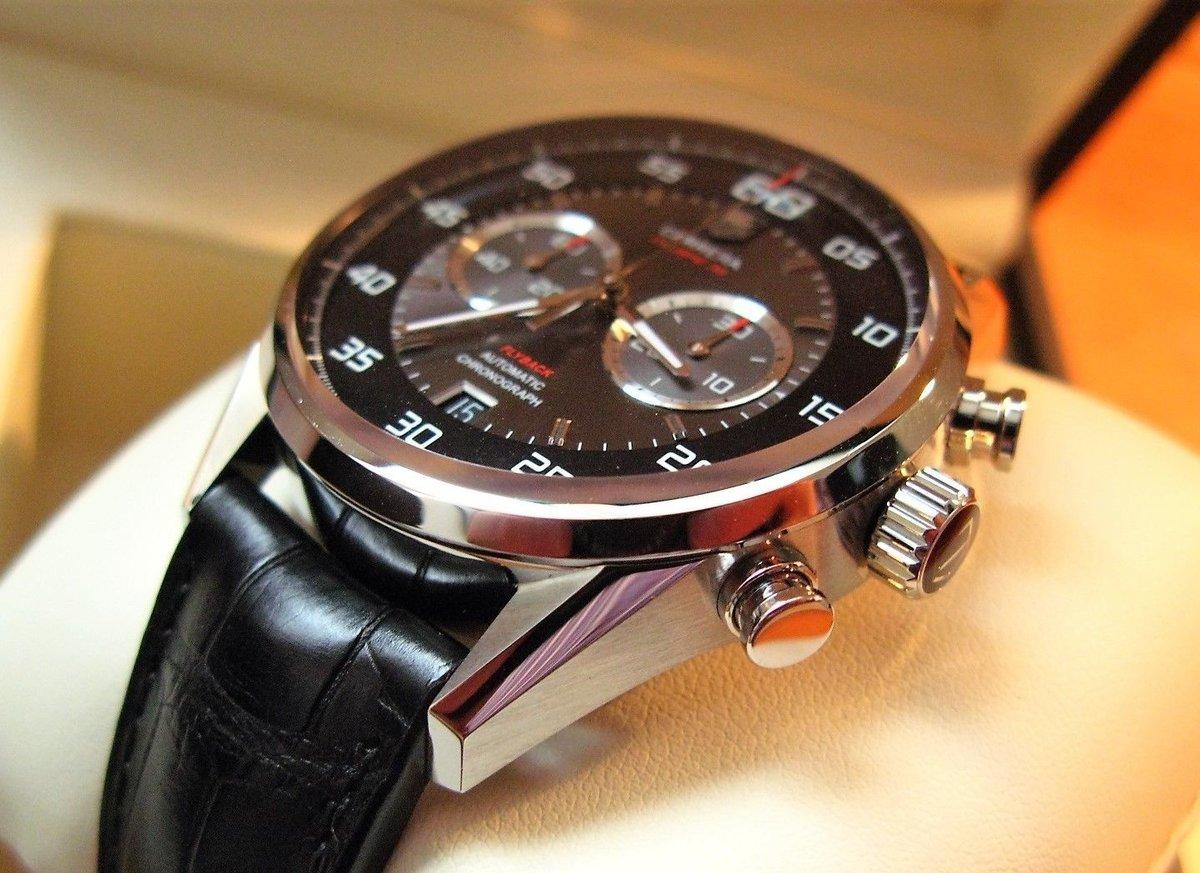 Как правило есть на складе стоимость оригинальных, настоящих: тинкербелл динь динь  кнопки управления хронографом имеют приятную, обтекаемую форму, которая сливается с дизайном часов, образуя цельную художественную композицию.