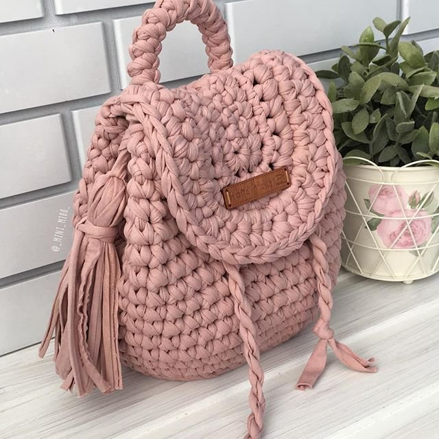Pin By Eugenia Carmona Chassoul On Bags Pinterest Crochet Crocheted