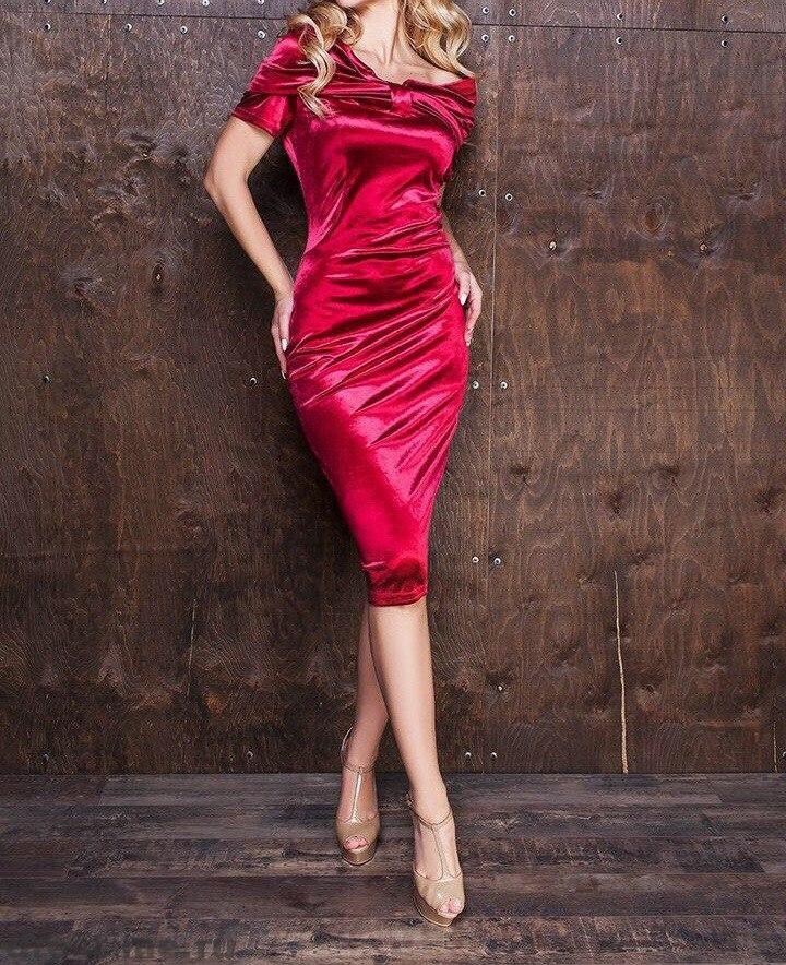 красные бархатные платья фото многие них никак