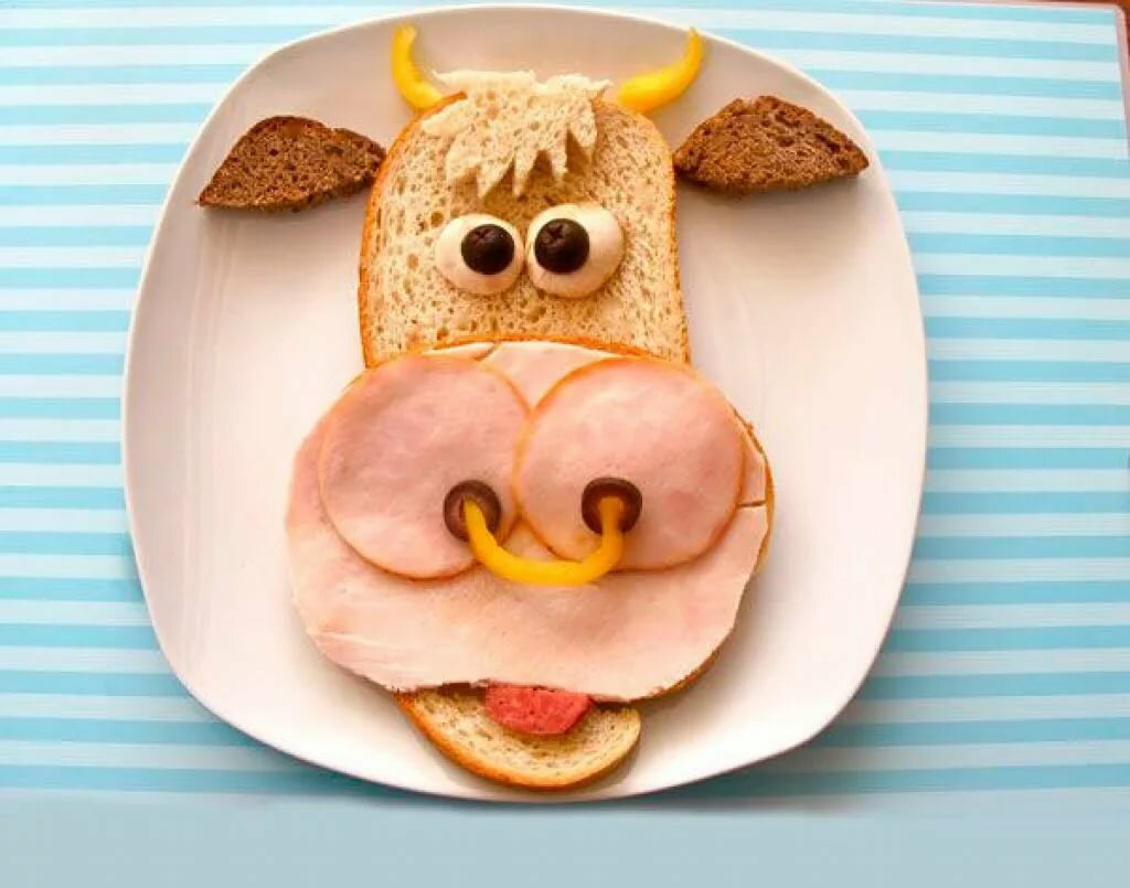 Пожелание, прикольную картинку с 8 марта из еды