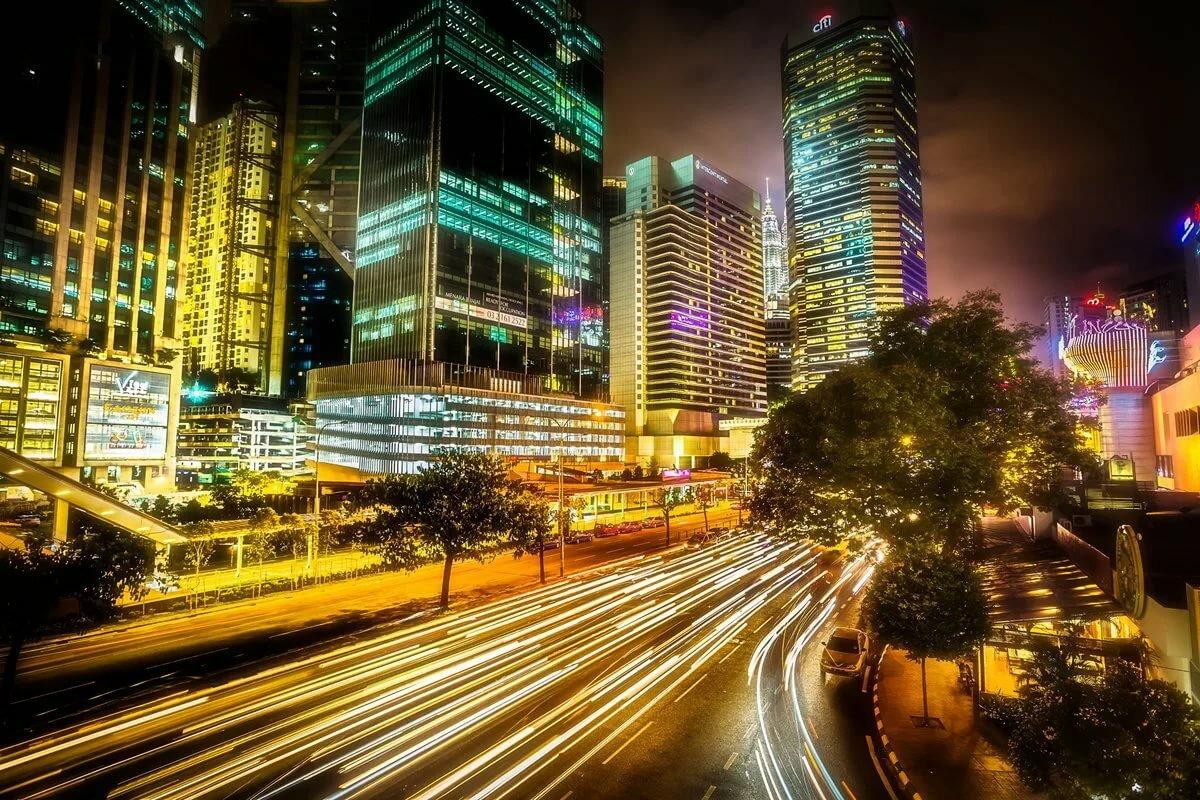 содержит рекламы, картинки мегаполиса ночью показывающая настоящий размер