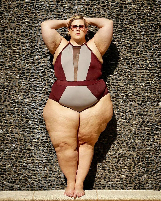 бесплатные ролики любители толстых женщин матери переписывались, созванивались