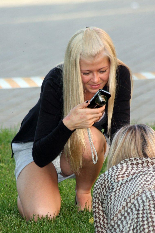 Девушки раком случайное фото, порно с кати соммерс