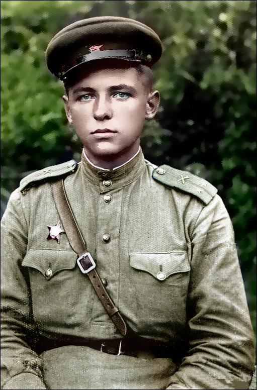 Картинки военного солдата вов, вставить электронную