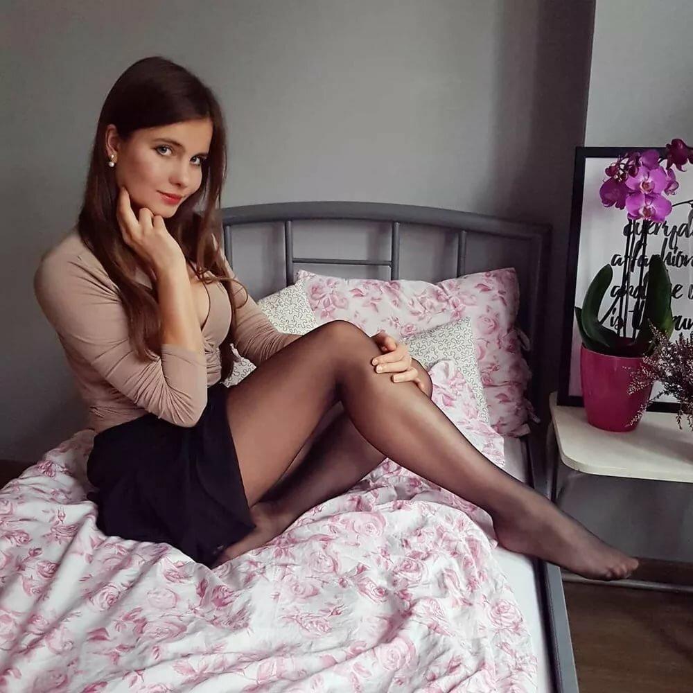 bet-krasotki-v-chulkah-chastnoe-foto-seks-video-kunilingus