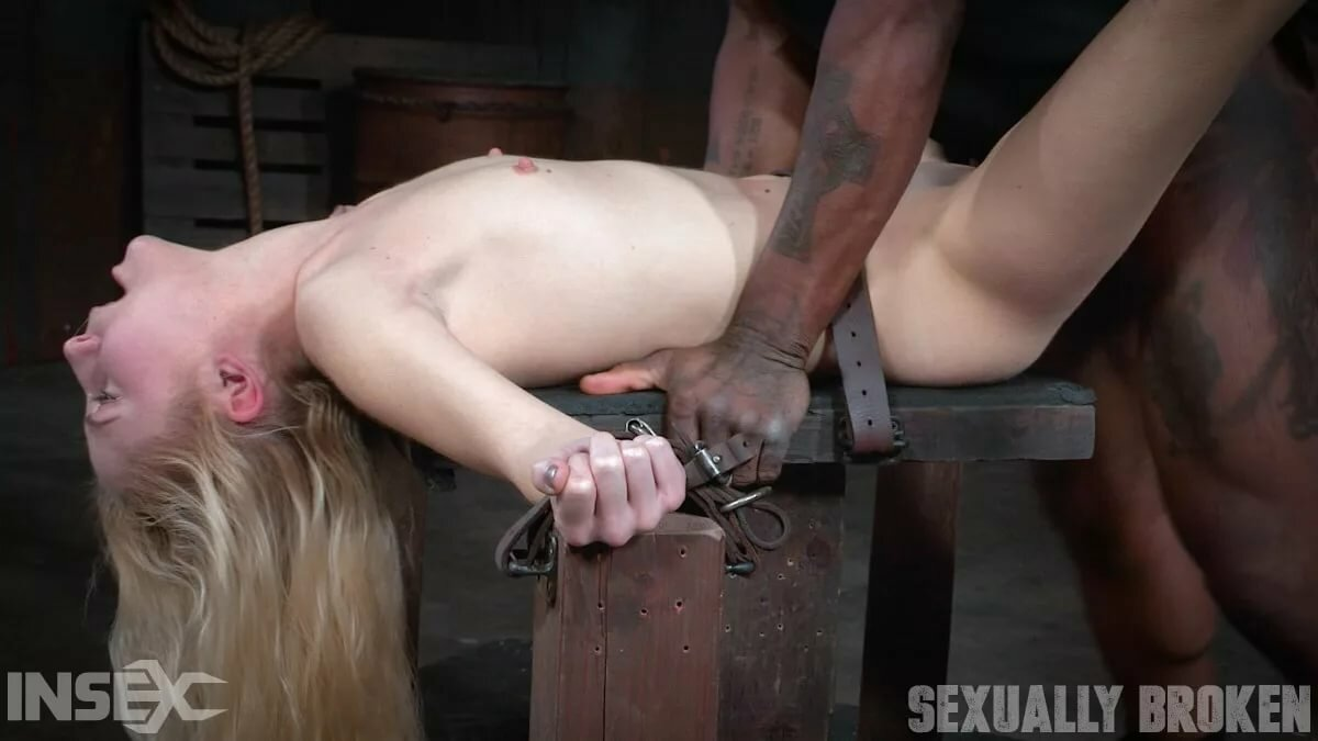 Young pussy fucked rough captive savage lesbian sex