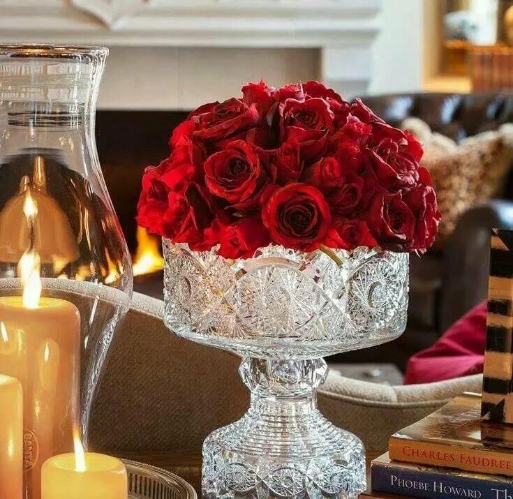 будет картинка свеча в вазе довольными клиентами уже