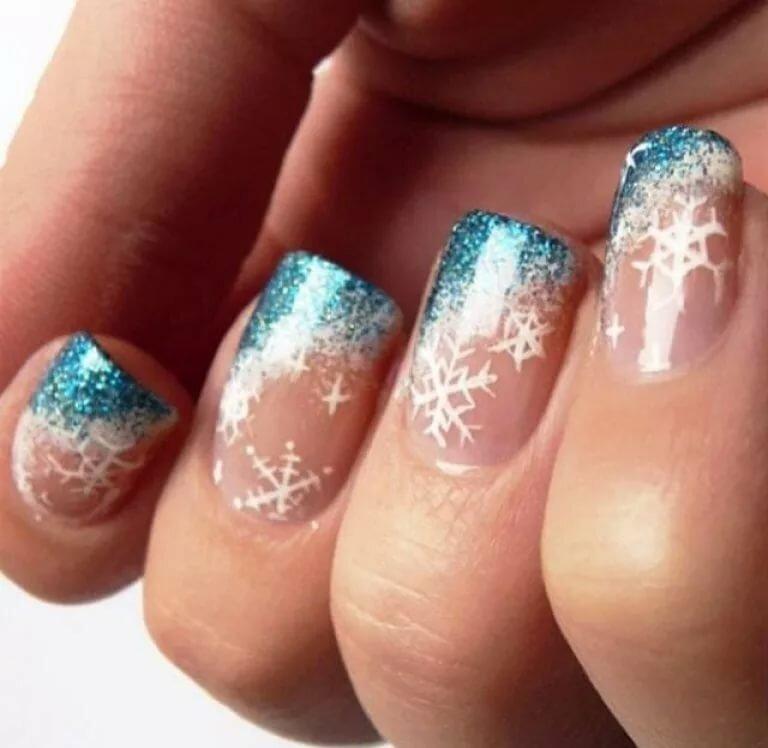 картинки со снежинками на ногтях что мать собирается